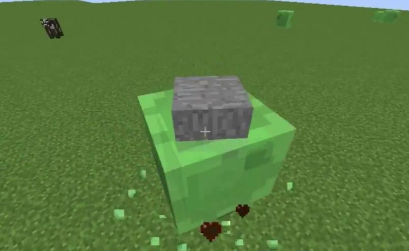 SlimyBoyos слизни носят с собой найденные блоки